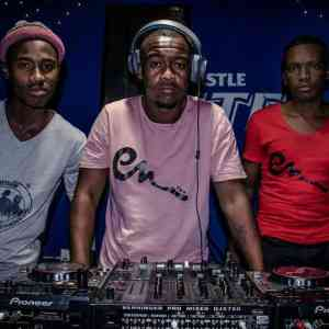 Entity Musiq Umdumo ft. Lil'Mo & Dj Classic mp3 download free datafilehost 2019 amapiano fakaza hiphopza afro house king