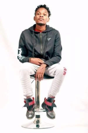 King Salama Zea Dhefa Nyana mp3 download