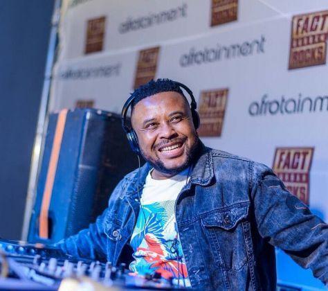 Emza - Beach Durban ft. Dj Sox mp3 download