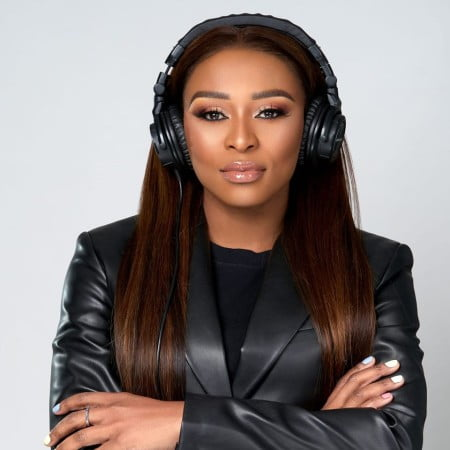 DJ Zinhle – Stay At Home Mix (11-07-2020) mp3 download